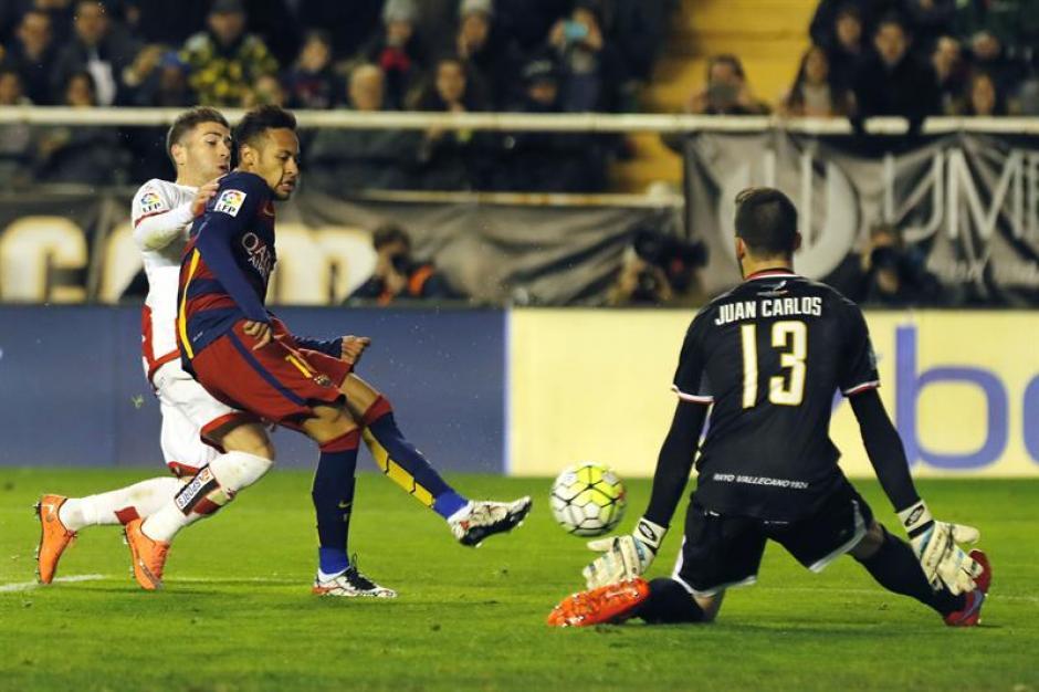 Neymar no pudo anotar en este partido y salió lesionado. (Foto: EFE)