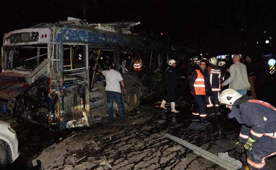 Falta determinar si la explosión fue detonada a control remoto. (Foto: EFE)