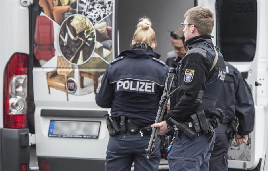 Un intenso operativo de seguridad tiene lugar en Bruselas. (Foto: EFE)