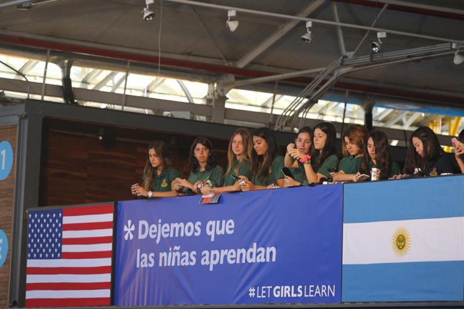 """La actividad forma parte de la campaña """"Dejemos que las niñas aprendan"""" que implantó Washington hace un año."""