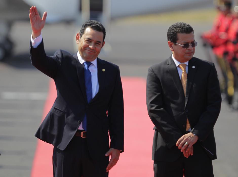 El presidente aterrizó junto a su comitiva a primera hora de la mañana. (Foto: EFE)