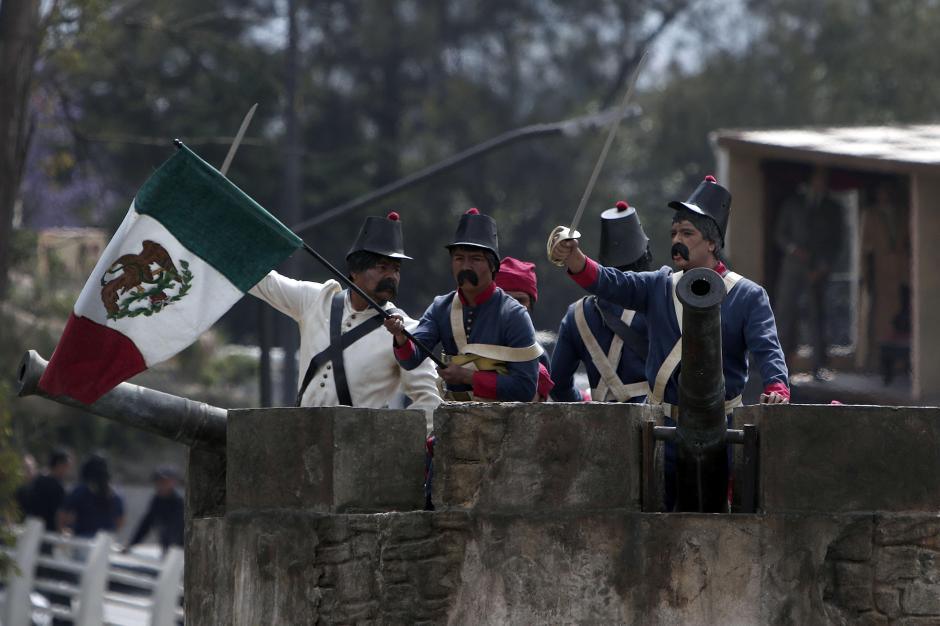 Recreación de la batalla de Cinco de Mayo. (Foto: AFP)