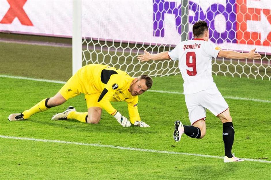 El Sevilla es campeón por tercer año consecutivo de la Europa League. (Foto: EFE)