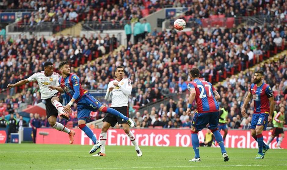 El Crystal Palace luchó hasta el final, pero no le alcanzó. (Foto: EFE)