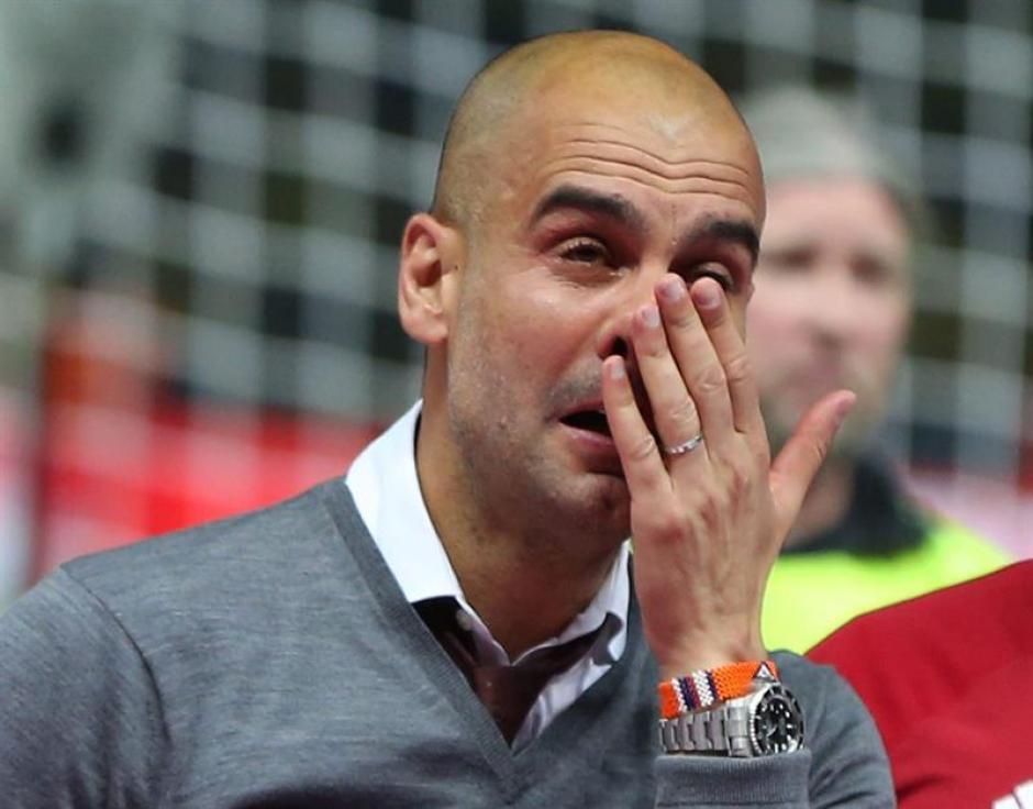 Guardiola llora en su último juego al frente del Bayern. (Foto: EFE)