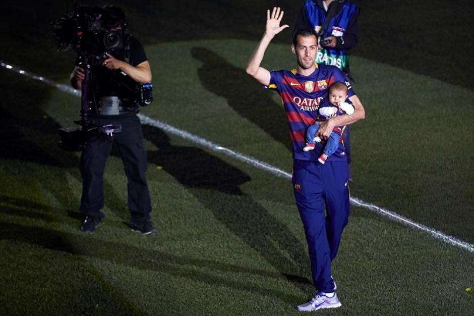 Los jugadores asistieron al festejo junto a sus hijos. (Foto: EFE)