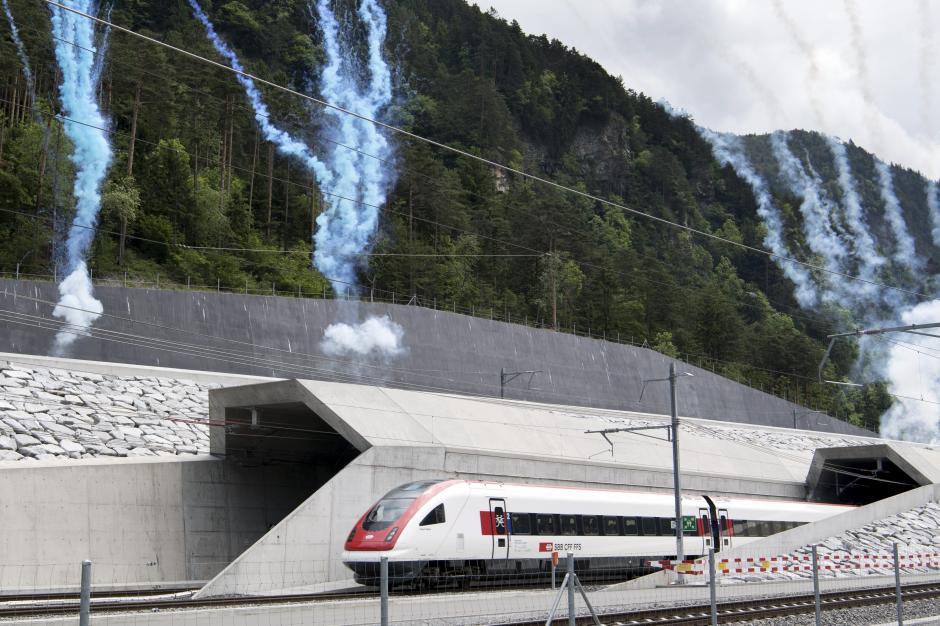 El número de pasajeros pasaría de los actuales nueve mil por día a 15 mil en 2020. (Foto: EFE)