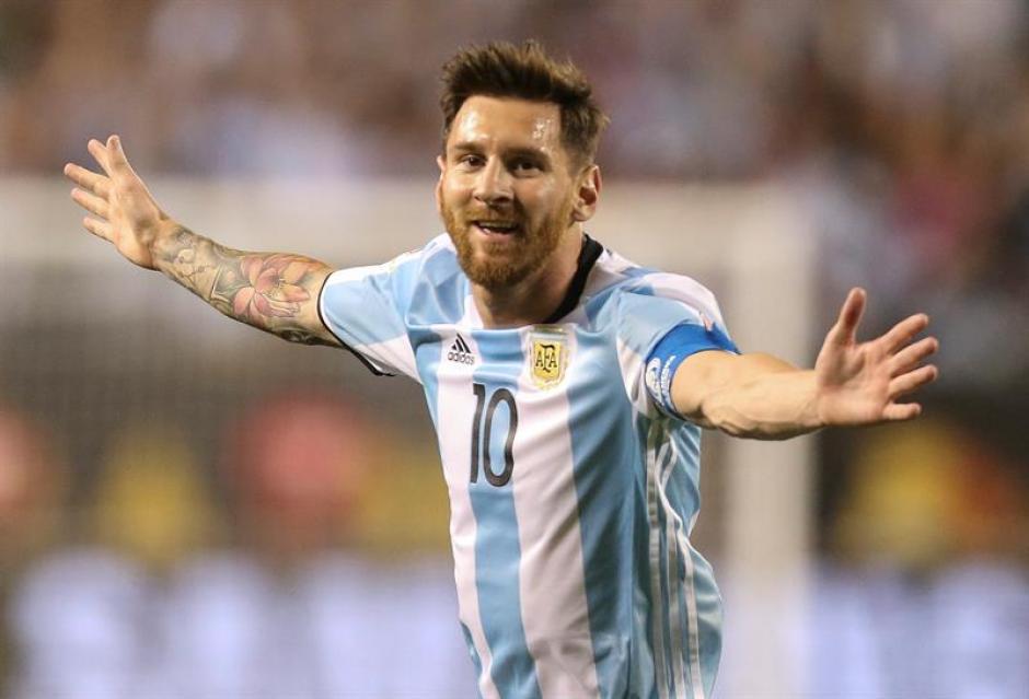 Messi festejó triplete en su debut en la Copa América Centenario. (Foto: EFE)