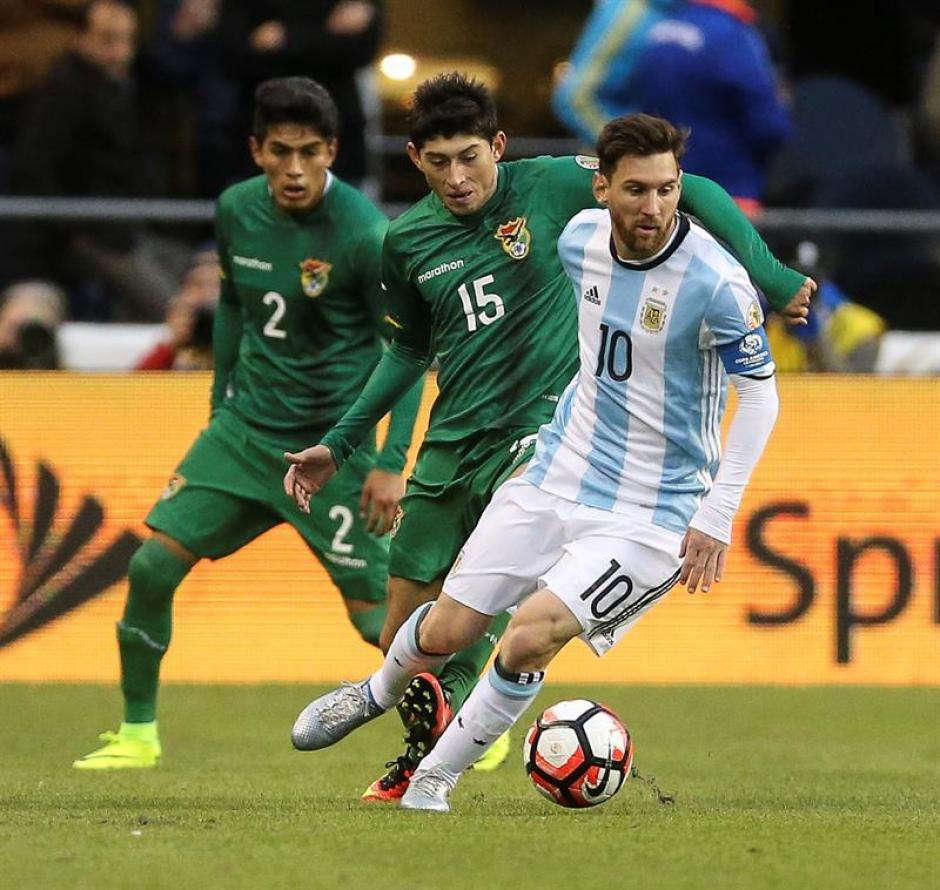 Los bolvianos poco pudieron hacer para contener el ataque argentino. (Foto: EFE)