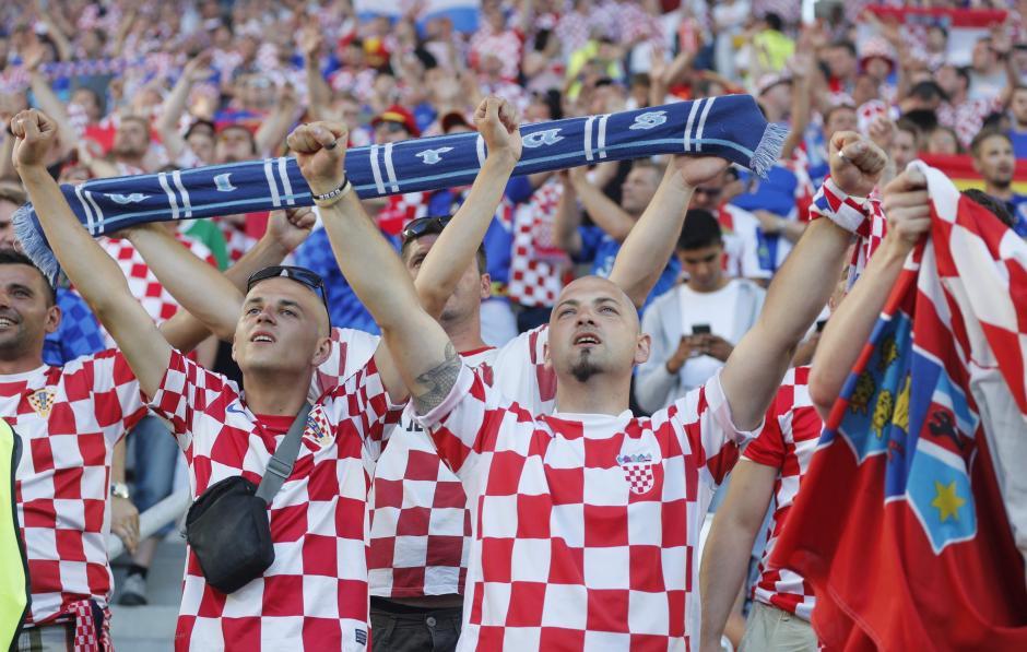 Los aficionados de Croacia apoyan incondicionalmente a su selección. (Foto: EFE/JuanJo Martín)