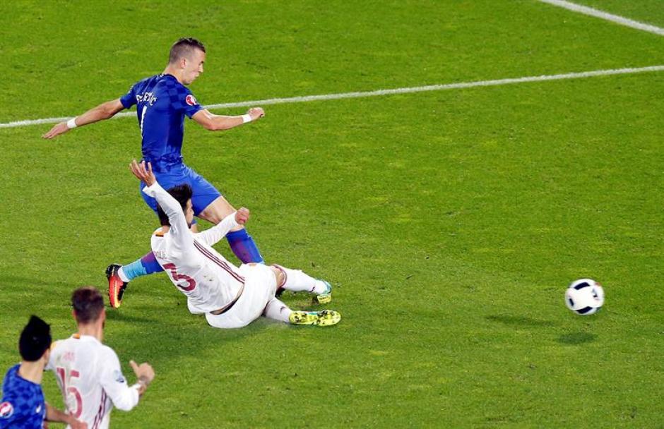 Perisic marcó el gol de la victoria en un contragolpe (EFE)