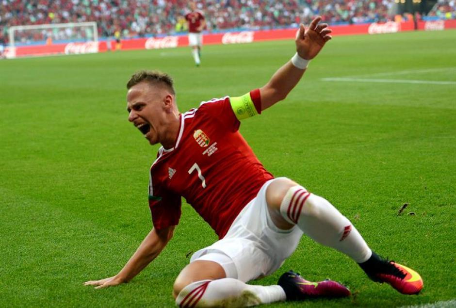 El capitán Dzsudzsak marcó también dos goles (EFE)