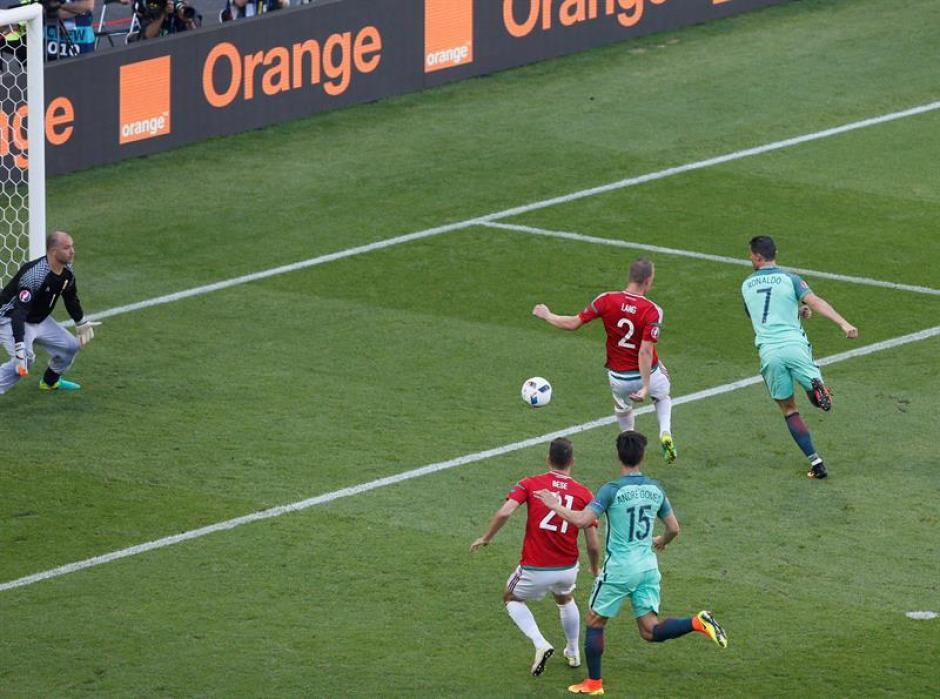 El primer gol de CR7 fue un taconazo increíble (EFE)