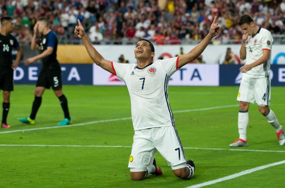 Carlos Bacca celebró la única anotación en el juego con la que le dio la victoria a Colombia frente a Estados Unidos. (Foto: EFE)