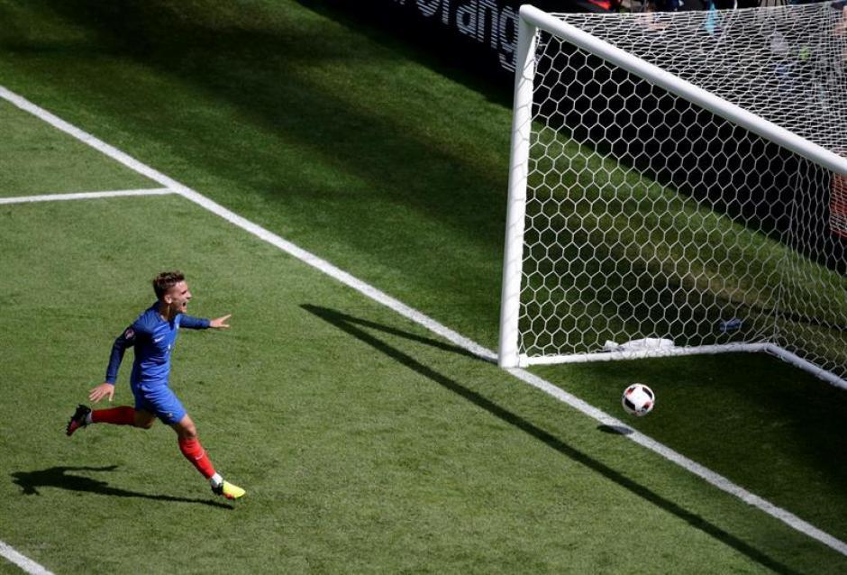 Griezmann marcó dos golazos para remontar. (EFE)