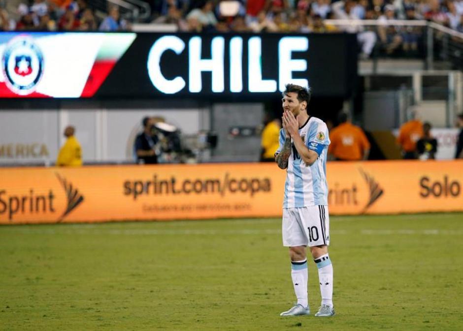 Messi falló uno de los penales en la final de la Copa América.  (Foto: EFE)