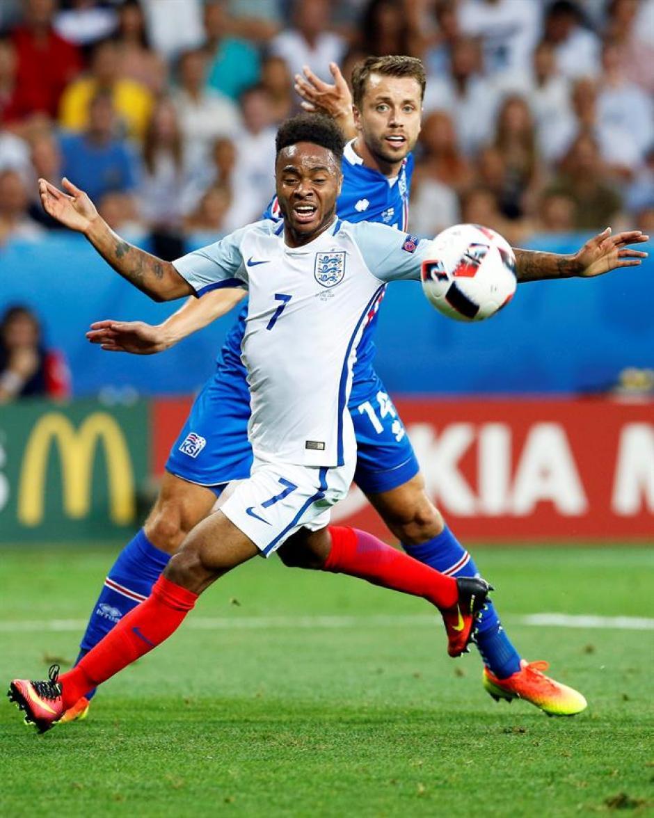 Raheem Sterling tampoco destacó en el torneo. (Foto: EFE)