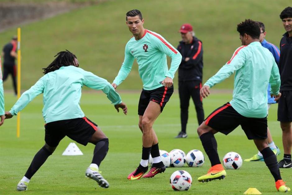 Cristiano y Bale serán las estrellas de este partido por semifinales de la Euro.  (EFE)