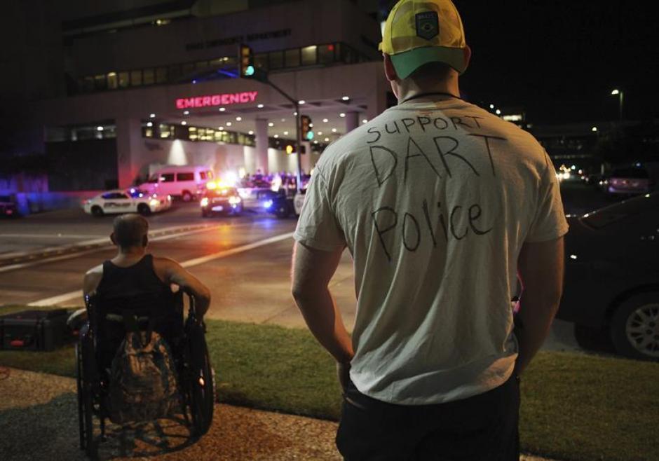 El principal sospechoso de la matanza en Dallas que dejó cinco policías muertos y nueve personas heridas, fue identificado como Micah X. Johnson, de 25 años. (Foto: Efe)