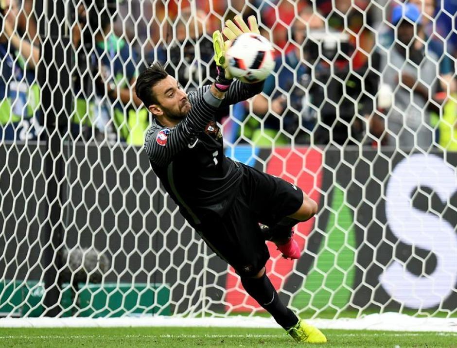 Rui Patricio fue la gran figura de Portugal (Foto: EFE)
