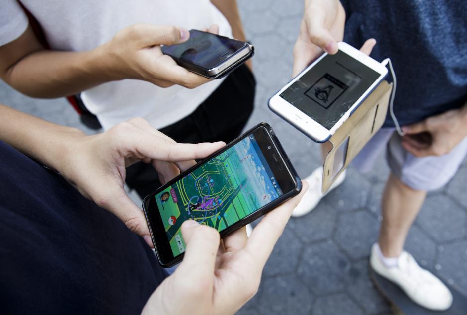 El juego Pokémon Go ha sido descargado en millones de dispositivos alrededor del mundo. (Foto: EFE)
