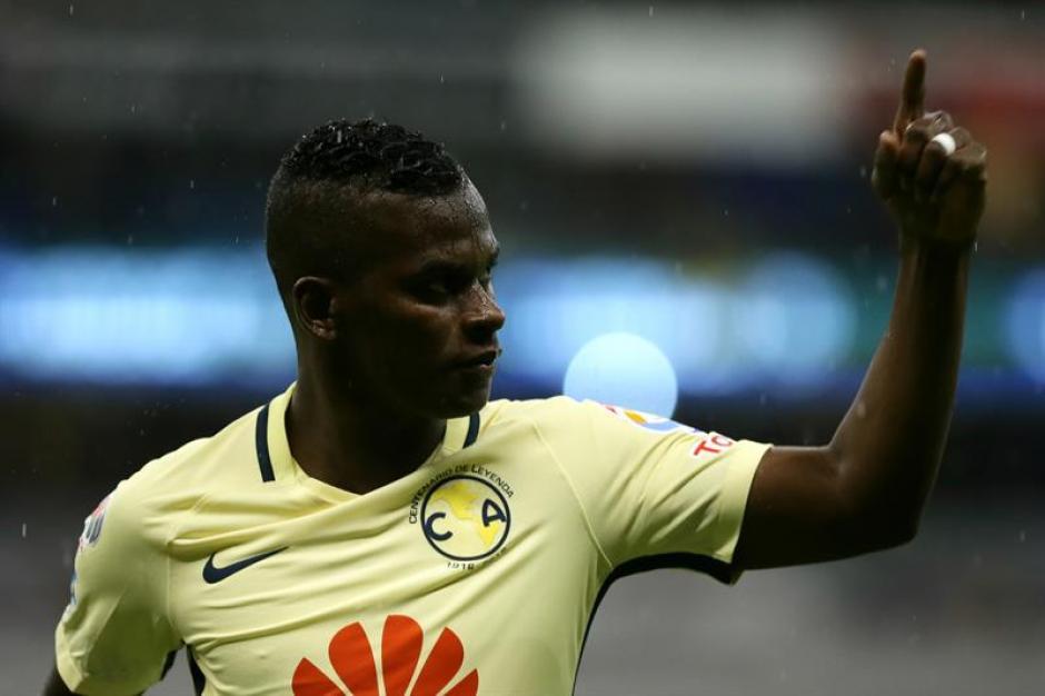 Darwin Quintero celebra su gol ante Chiapas. (Foto: EFE)