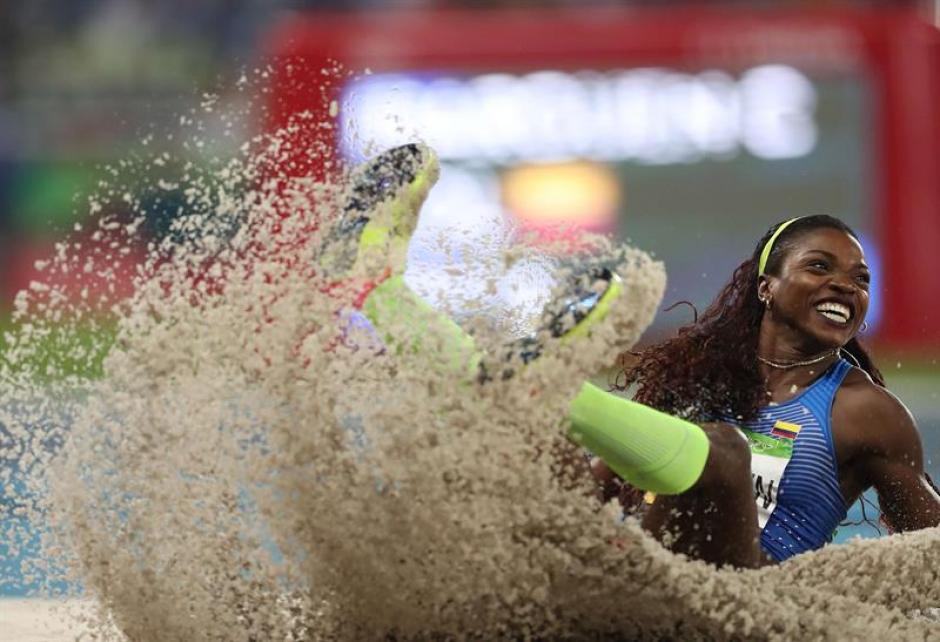 Caterine Ibarguen alcanzó la gloria en el triple salto de Río 2016. (Foto: EFE)