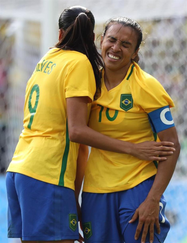 Marta no pudo controlar las lágrimas después de perder. (Foto: EFE)