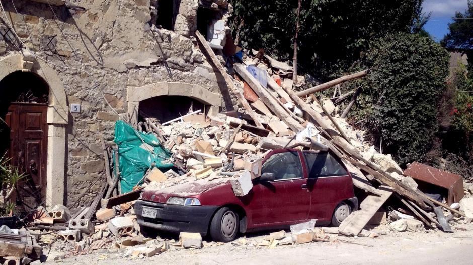 El terremoto fue de 6.2 grados en el centro de Italia. (Foto: EFE)