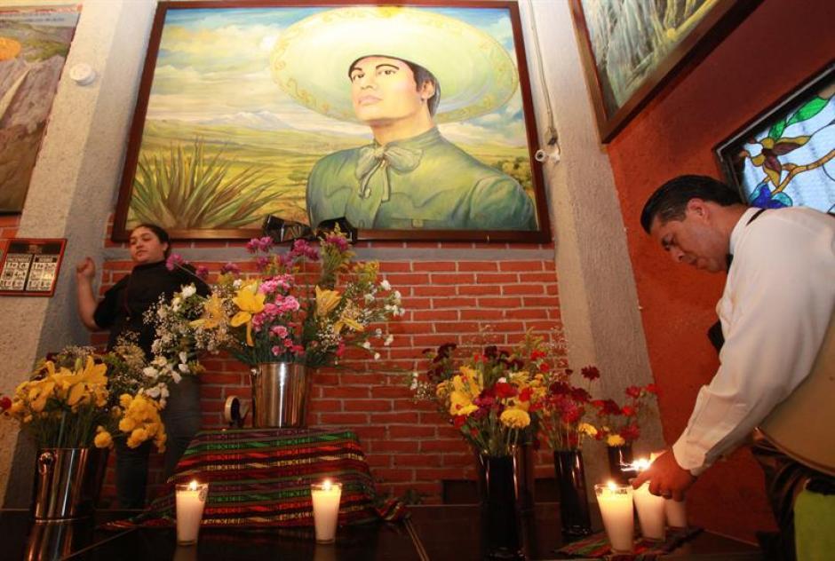 Juan Gabriel falleció de un infarto durante su gira musical. (Foto: EFE)