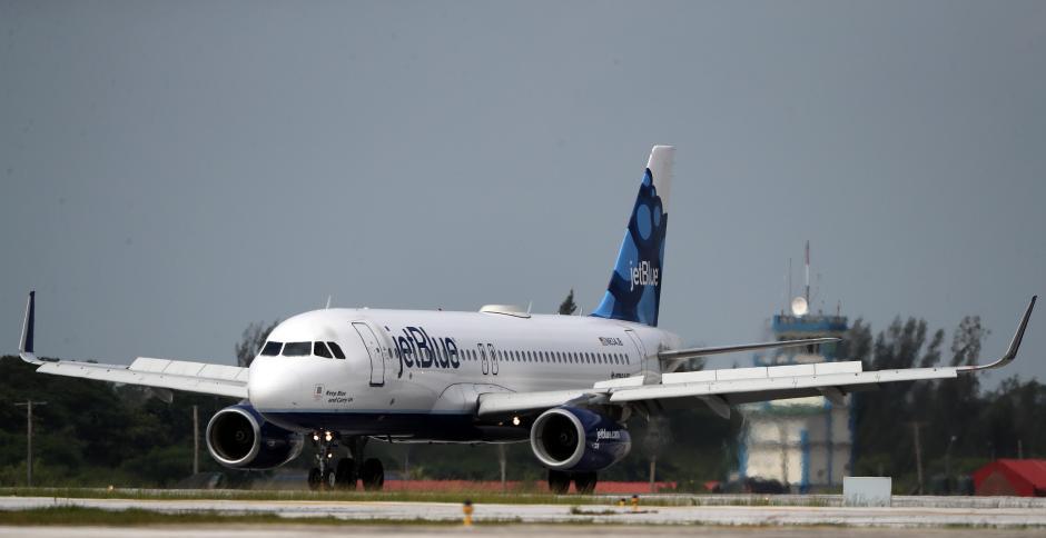 El vuelo JetBlue marca la historia entre Estados Unidos y Cuba después de 55 años. (Foto: EFE)