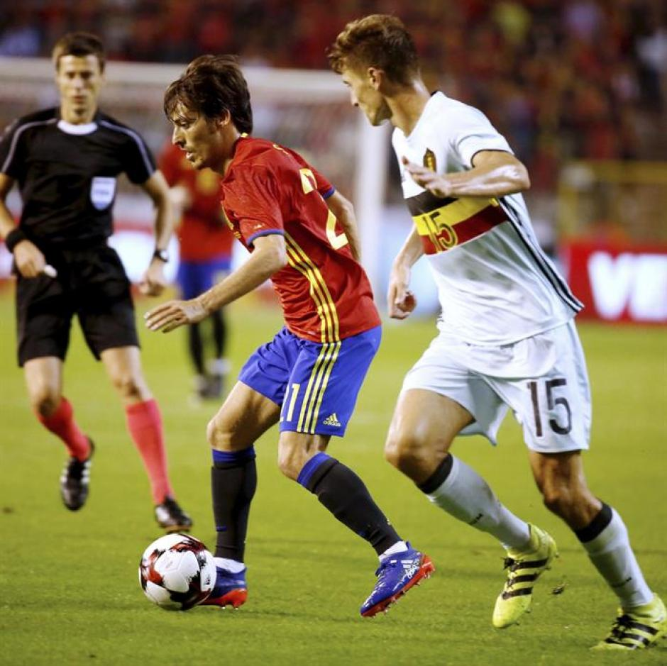David Silva marcó un doblete para la victoria de España. (Foto: EFE)