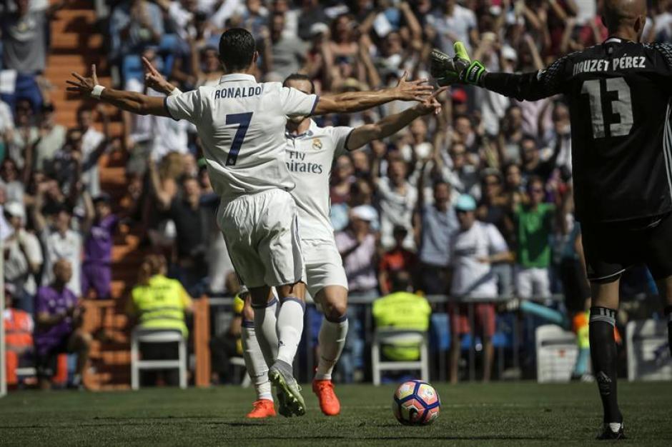 """""""Lo que más quiero es terminar aquí"""", dice, sobre retirarse en el Madrid.  (Foto: EFE)"""