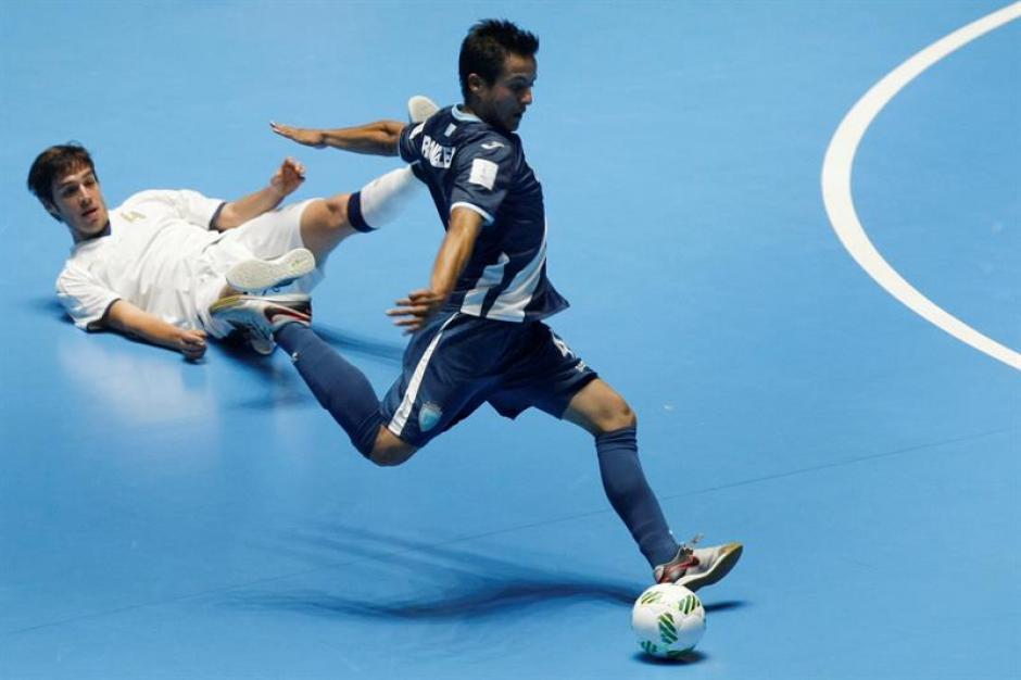 Guatemala atacó tímidamente a Italia. (Foto: EFE)