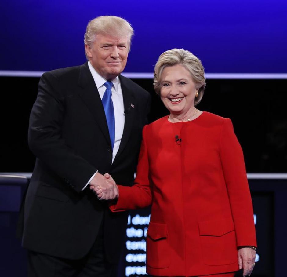 Los candidatos se señalaron durante el debate. (Foto: EFE)