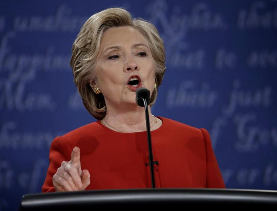 Clinton señaló que Trump no ha hecho lo que ella. (Foto: EFE)