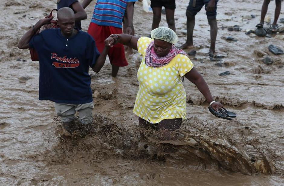 En República Dominicana son más de 35 mil evacuados. (Foto: EFE)