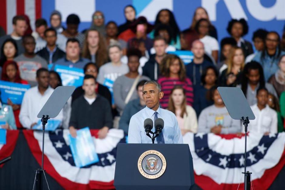 Obama acompaña en la mayoría de actividades a Hillary Clinton. (Foto: EFE)