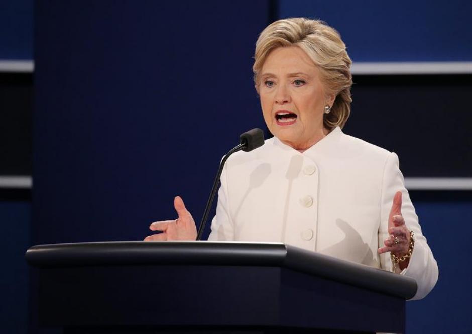 """Clinton acusó a Trump de ser una """"marioneta"""" del presidente de Rusia Vladimir Putin. (Foto: EFE)"""