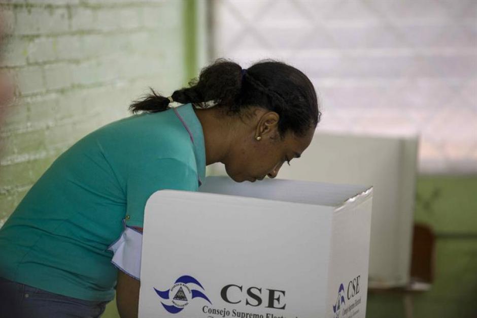 Ciudadanos de Nicaragua eligen a su nuevo presidente, con Daniel Ortega como favorito. (Foto: EFE)