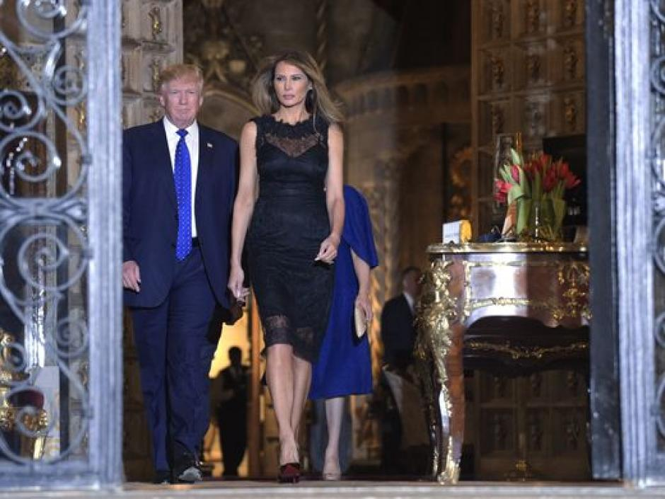 Trump junto a su esposa en el club Mar-a-Lago. (Foto: USA TODAY)