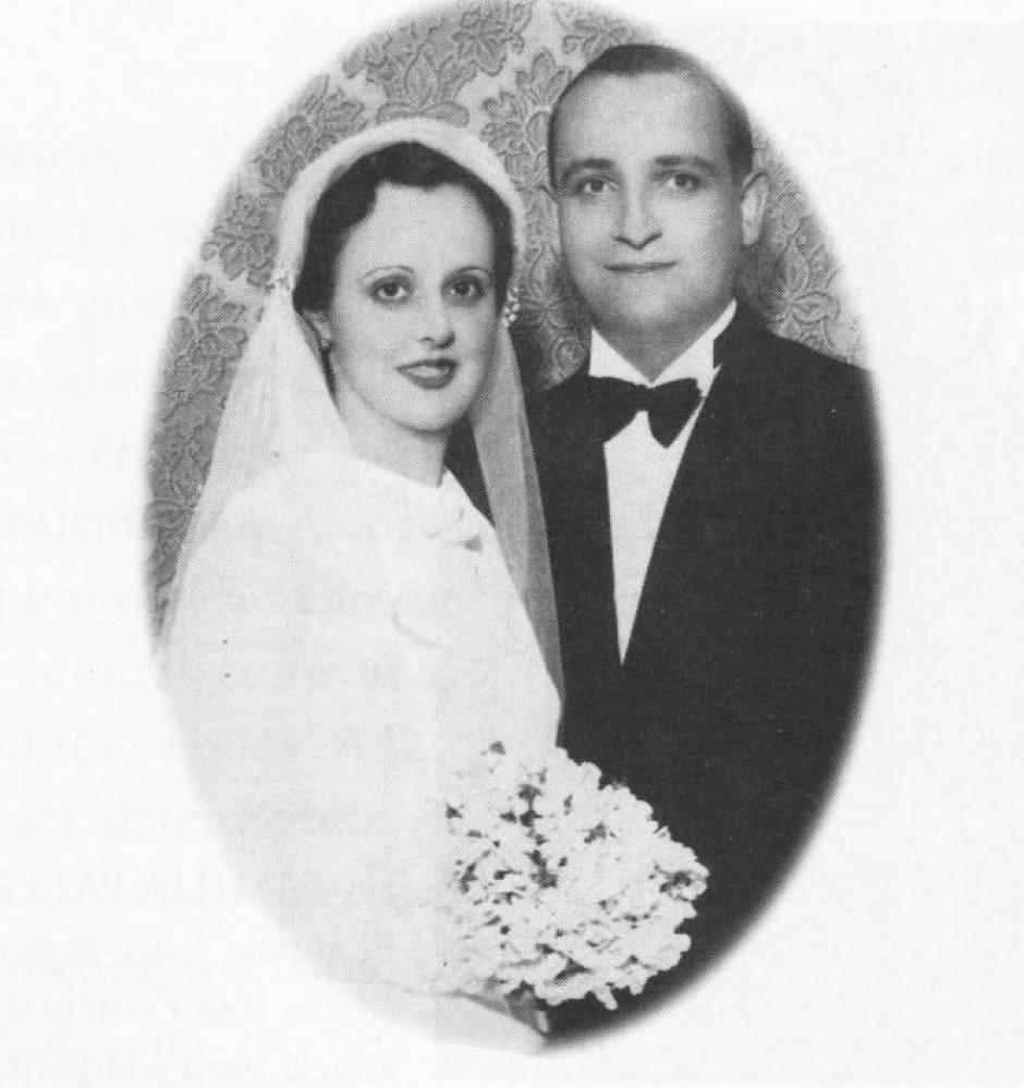 Regina María Sívori y Mario José Bergoglio padres del Papa Francisco. Se casaron en 1935 y tuvieron cinco hijos.