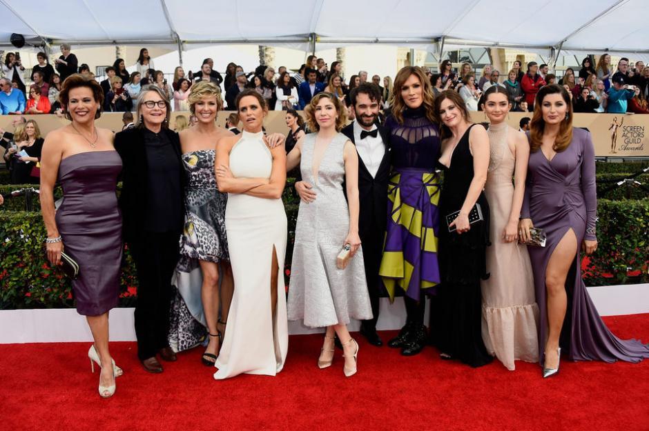 """Los miembros del elenco de la serie de televisión """"Transparente"""". (Foto: AFP /Mark Ralston)"""