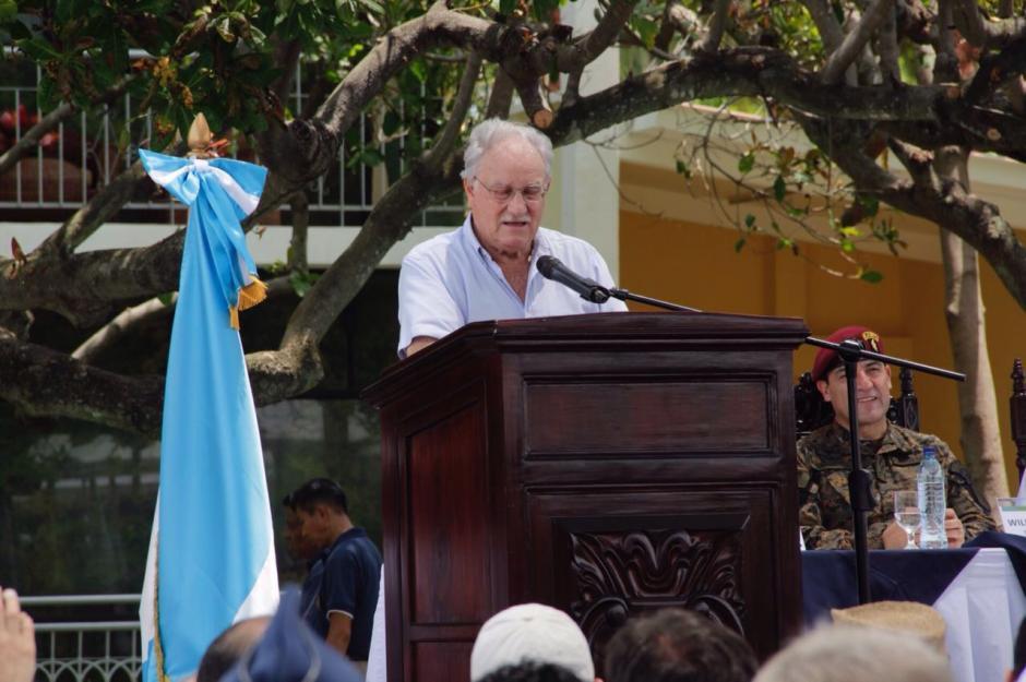 Ricardo Castillo Sinibaldi participó en la inauguración del aeródromo en Retalhuleu. (Foto: Fredy Hernández/Soy502)