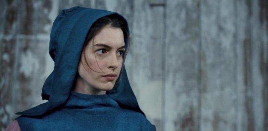 La actriz estadounidense Anne Hathaway durante su participación en la película Los Miserables. (Foto:http:www.cinepremiere.com.mx)