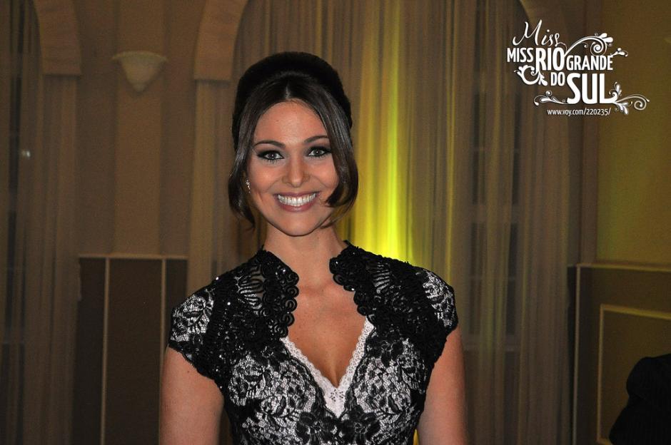 Fabiane Niclotti Miss Brasil falleció a los 31 años en su casa. (Foto: Alchetron)