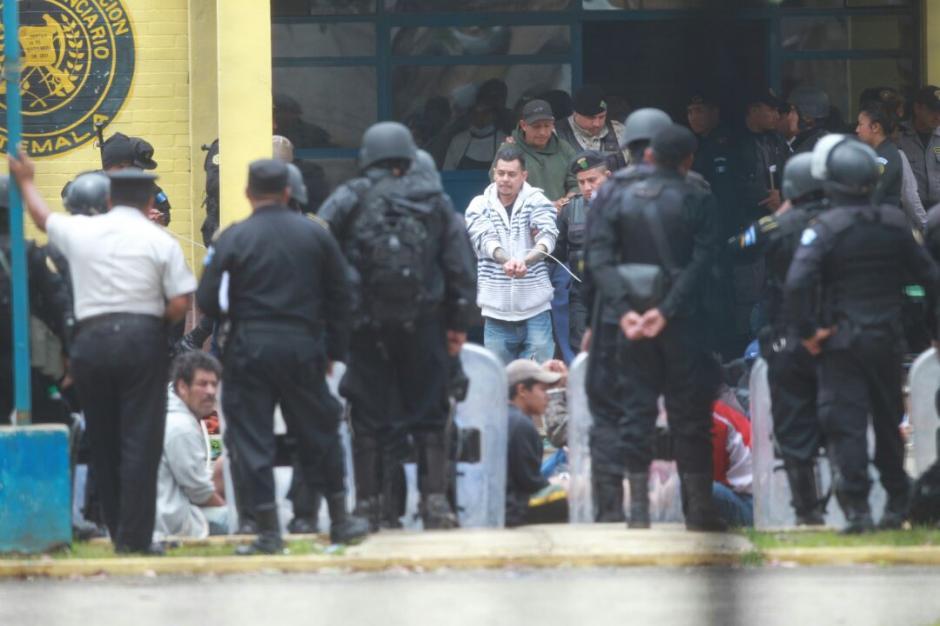 Las autoridades localizaron una pistola en un área del penal. (Foto: Wilder López/Soy502)