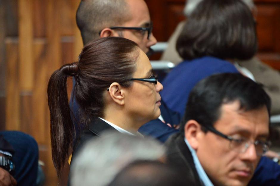 Roxana Baldetti permanece con una actitud casi inmóvil en las audiencias. (Foto: Jesús Alfionso/Soy502)