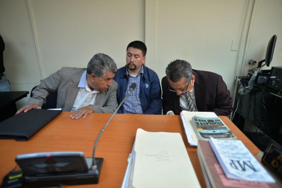 Los defensores convencieron al juez de que el jefe edil necesita atención médica. (Foto: Wilder López/Soy502)