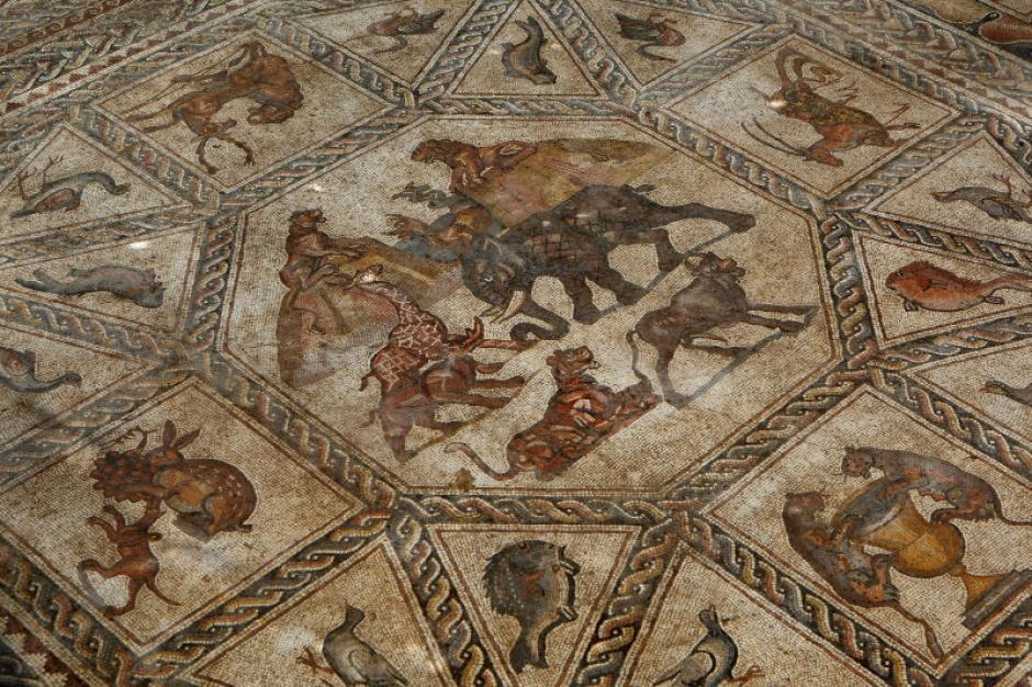 El mosaico mide más de 12 metros de largo. (Foto: gizmodo.com)